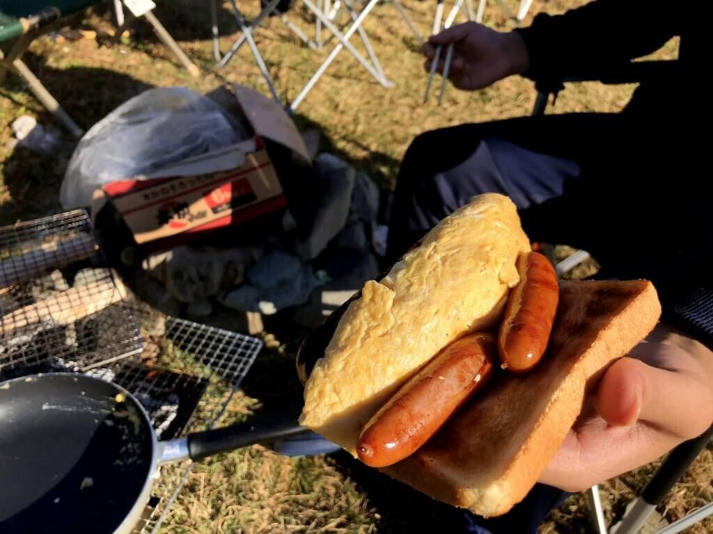 オーソドックスなキャンプ朝食