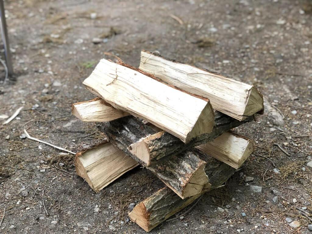 薪の組み方(井桁型)