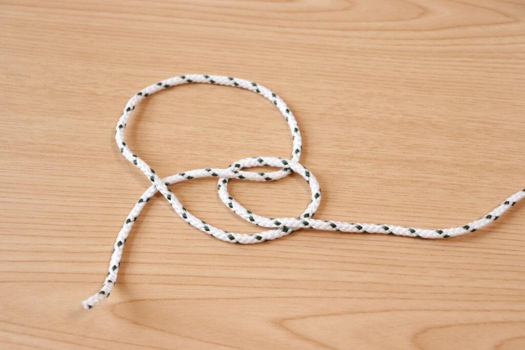 ロープの先端をやや下に向けましょう