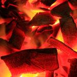 キャンプの持ち物:木炭