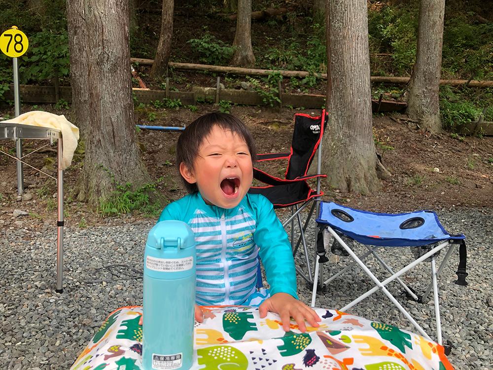 神之川キャンプ場で子どもも楽しむ