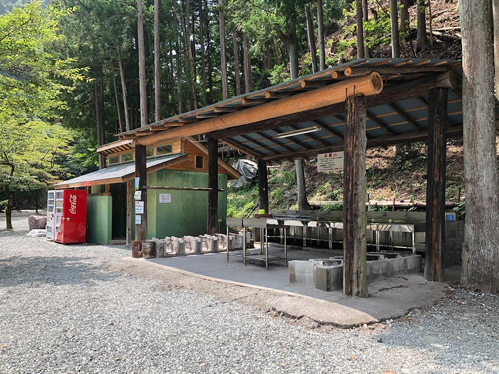 神之川キャンプ場の炊事場