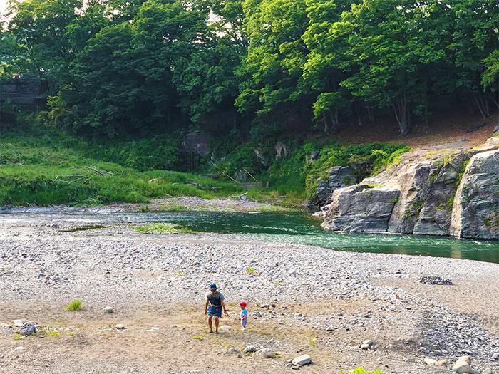 【長瀞オートキャンプ場】川遊び